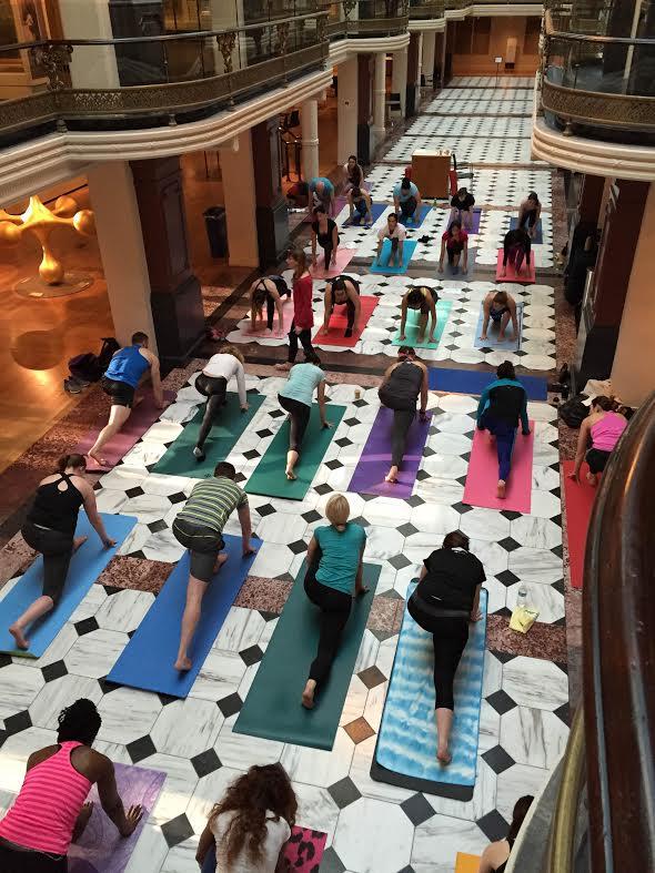 Yoga in Luce