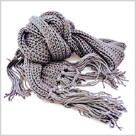Knitting for Beginners: Making a Scarf for the Holidays